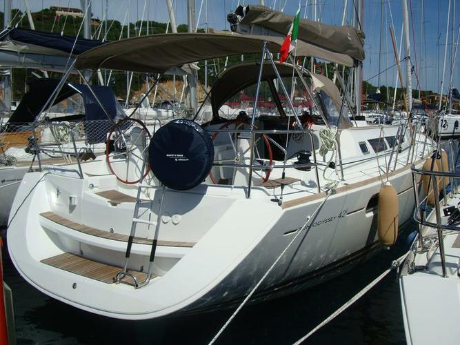 Charter this amazing Jeanneau Sun Odyssey 42i in Sardinia