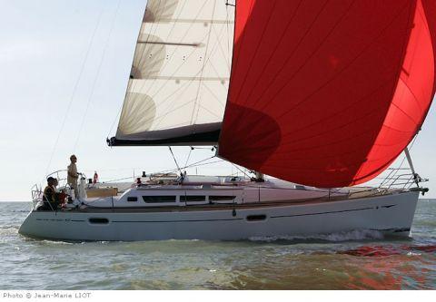 Climb aboard this Jeanneau