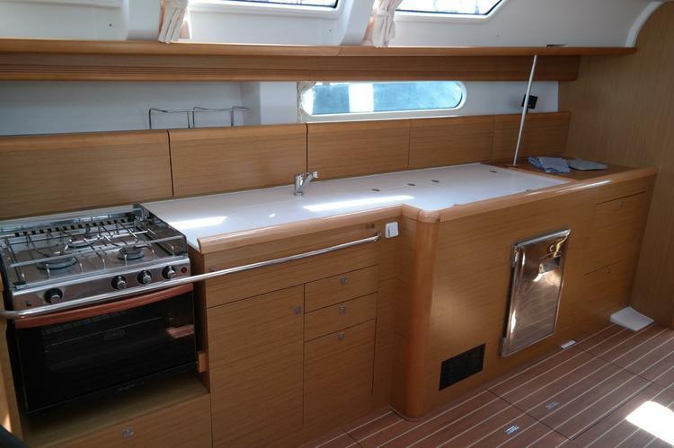 Boat for rent Jeanneau 45.0 feet in Balearic Islands,