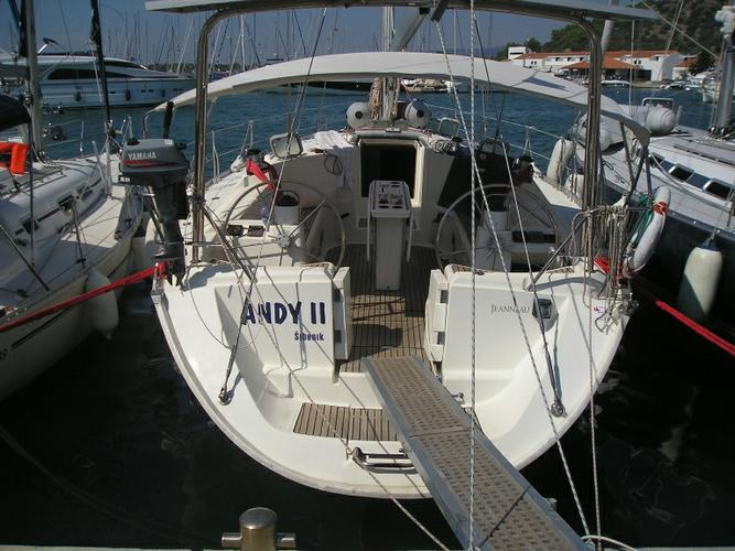 Boating is fun with a Jeanneau in Šibenik region