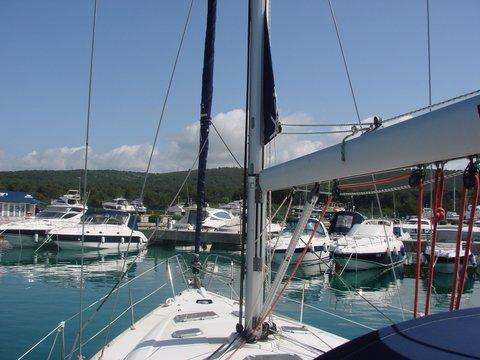 Discover Zadar region surroundings on this Sun Odyssey 45 Jeanneau boat