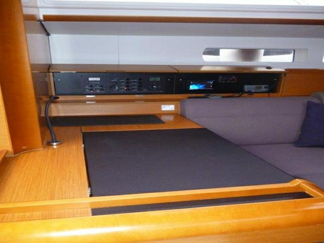 Discover Split region surroundings on this Sun Odyssey 509 Jeanneau boat