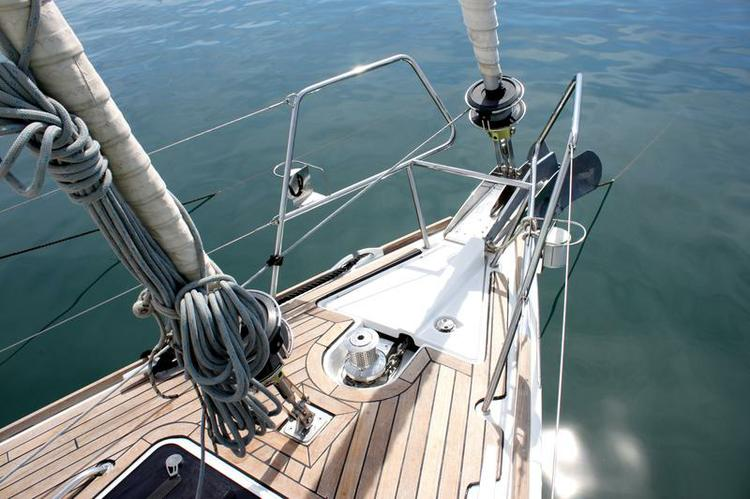 Jeanneau's 52.0 feet in Cyclades
