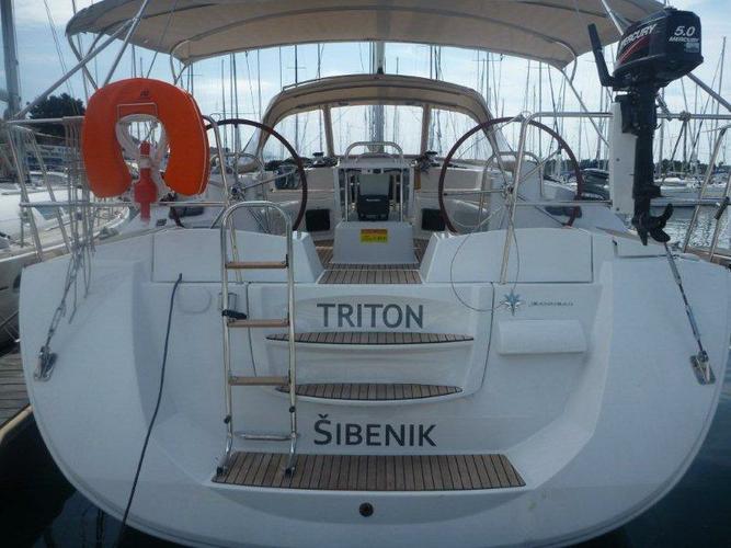 Boating is fun with a Jeanneau in Šibenik region