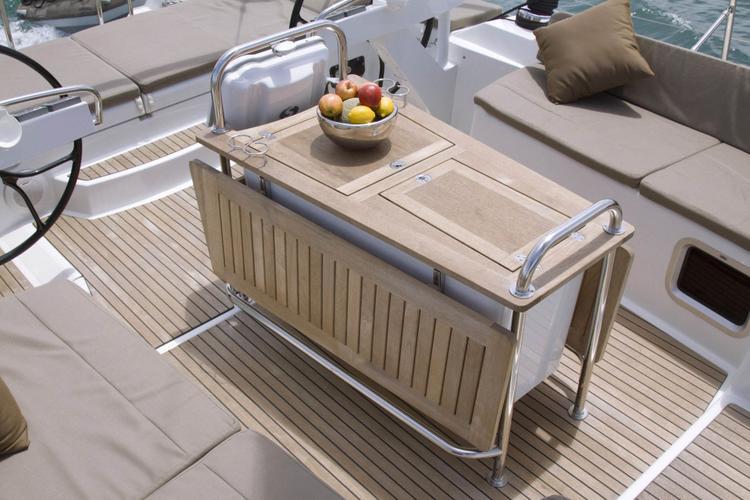 Daysailer / Weekender boat rental in Passeo Maritimo, Spain
