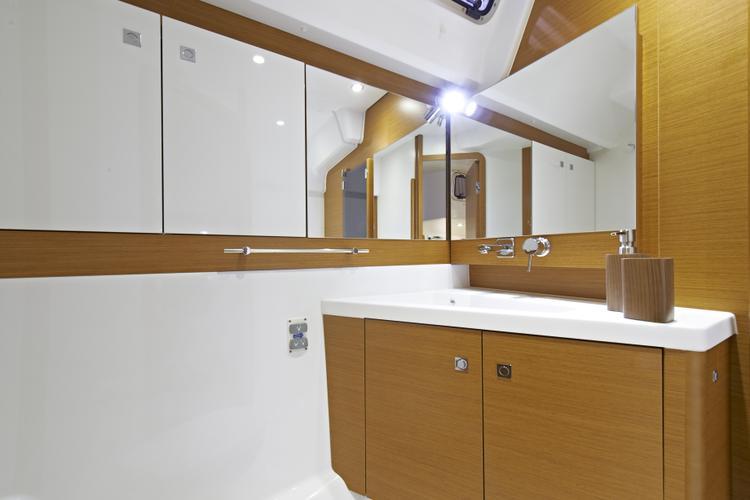Jeanneau boat for rent in Palma