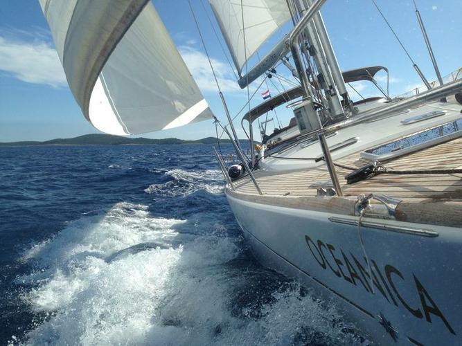 58.0 feet Jeanneau in great shape