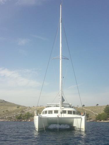 This 37.0' Lagoon-Bénéteau cand take up to 8 passengers around Šibenik region