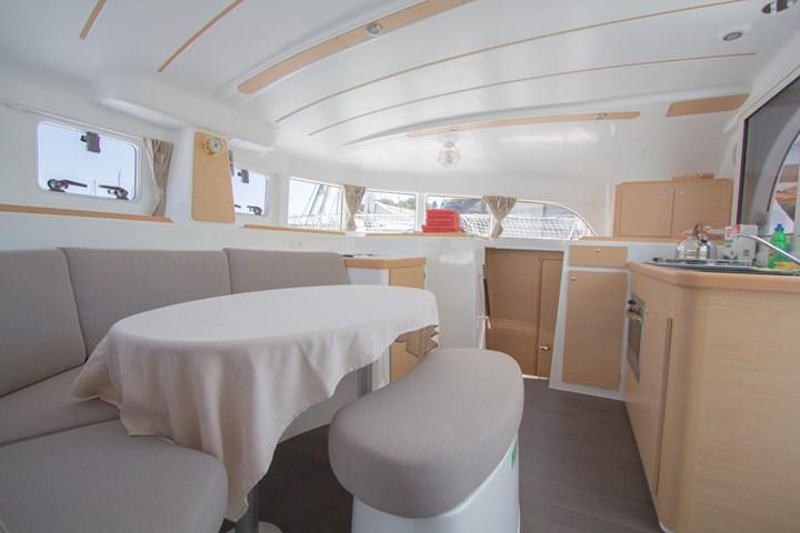 Discover Split region surroundings on this Lagoon 380 Lagoon-Bénéteau boat