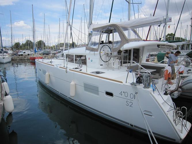Boat for rent Lagoon-Bénéteau 39.0 feet in Marina Alimos (Kalamaki),