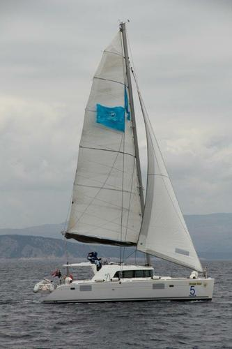 This 44.0' Lagoon-Bénéteau cand take up to 10 passengers around Split region