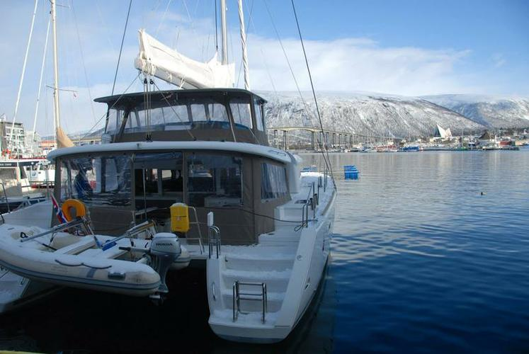 Boat rental in Troms,