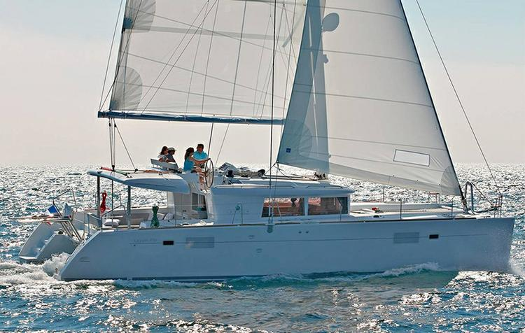 This 45.0' Lagoon-Bénéteau cand take up to 10 passengers around Dubrovnik region