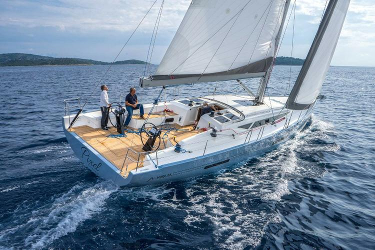 This 54.0' More Boats cand take up to 12 passengers around Šibenik region
