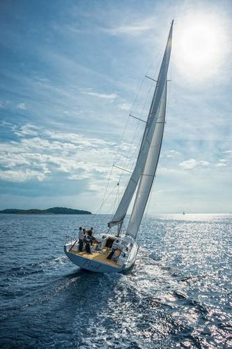 This 54.0' More Boats cand take up to 12 passengers around St. Lucia