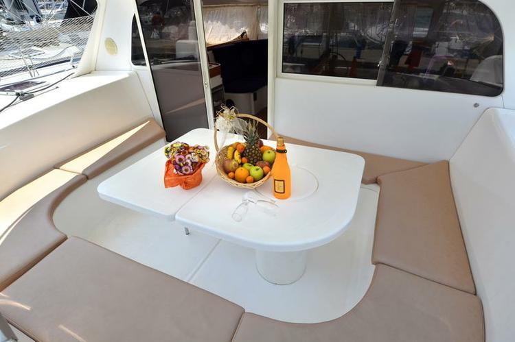 Catamaran boat for rent in Dubrovnik region