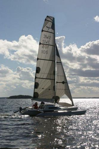 Discover Stockholm County surroundings on this Dragonfly 25 Quorning Yachts boat