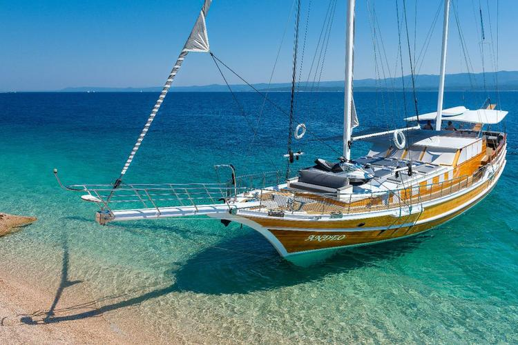 Sail the waters of Dubrovnik region on this comfortable Unknown