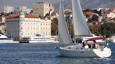 thumbnail-7 Bénéteau 33.0 feet, boat for rent in Split region, HR