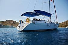 Sail the waters of Aegean on this comfortable Bénéteau