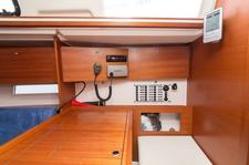 thumbnail-6 Dufour Yachts 33.0 feet, boat for rent in Šibenik region, HR
