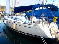 This Dufour Yachts Dufour 34 is the perfect choice