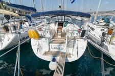 This Dufour Yachts Dufour 455 GL is the perfect choice