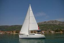 thumbnail-6 Jeanneau 31.0 feet, boat for rent in Split region, HR