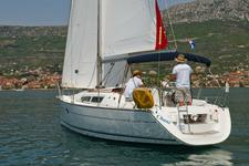 thumbnail-4 Jeanneau 31.0 feet, boat for rent in Split region, HR