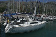 thumbnail-7 Jeanneau 32.0 feet, boat for rent in Dubrovnik region, HR