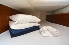 thumbnail-11 Jeanneau 43.0 feet, boat for rent in Dubrovnik region, HR