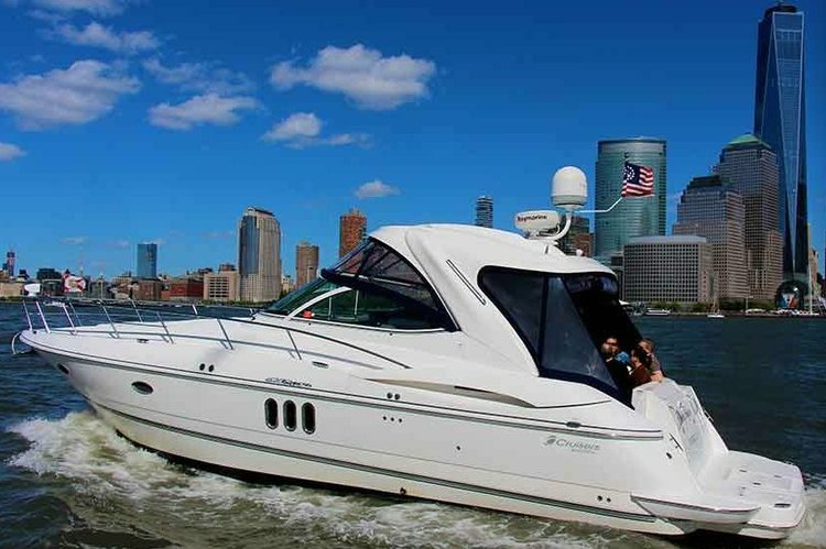 Experience NYC aboard this luxurious 43' Cruisers Yacht