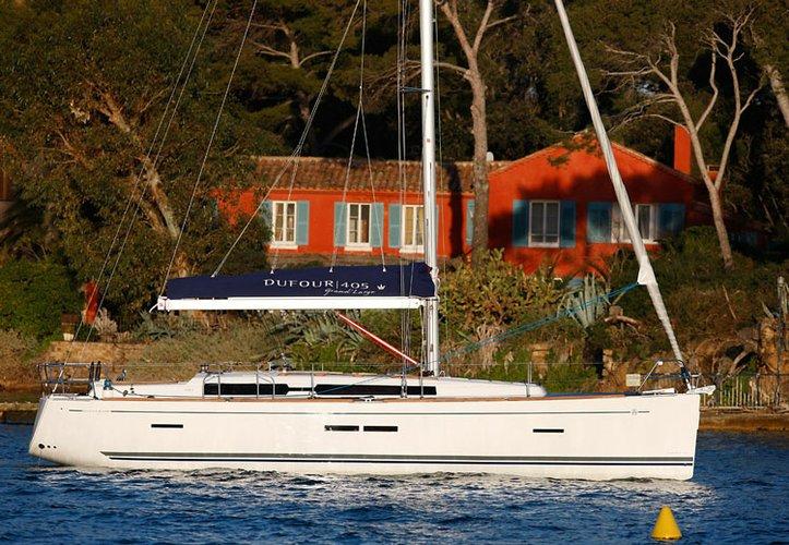Cruiser boat rental in St. Vincent, St. Vincent & Grenadines