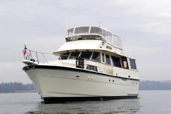Celebrate NYC in comfort on this luxurious motor yacht