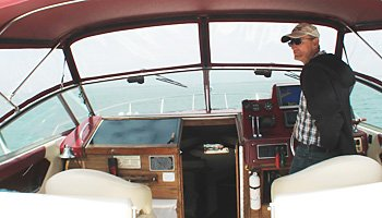 Boating is fun with a Sea Ray in Center Moriches