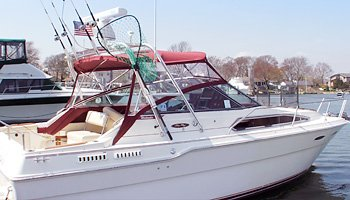 Discover Center Moriches surroundings on this Weekender Sea Ray boat
