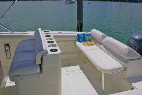 Boat for rent marlago 31.0 feet in Key Biscayne, FL