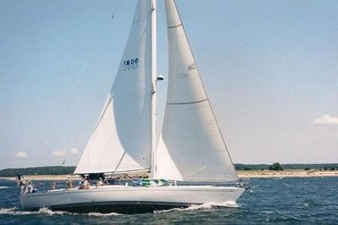 Explore Long Island in comfort on this 50' Award-Winning boat