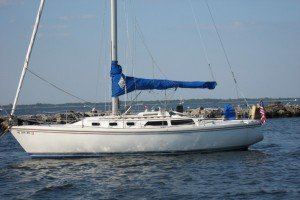 Sail Sag Harbor in a beautiful Catalina 34'