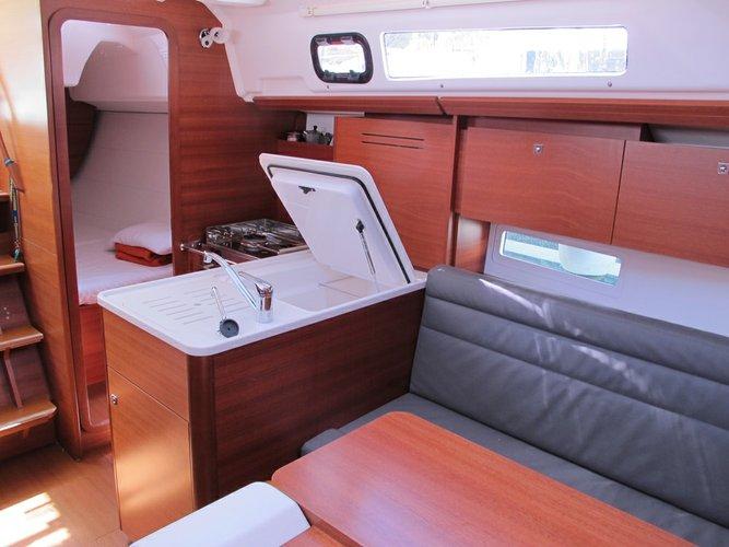 Dufour Yachts's 31.0 feet in Veneto