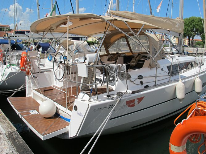 Boat for rent Dufour Yachts 36.0 feet in Veneto, Italy