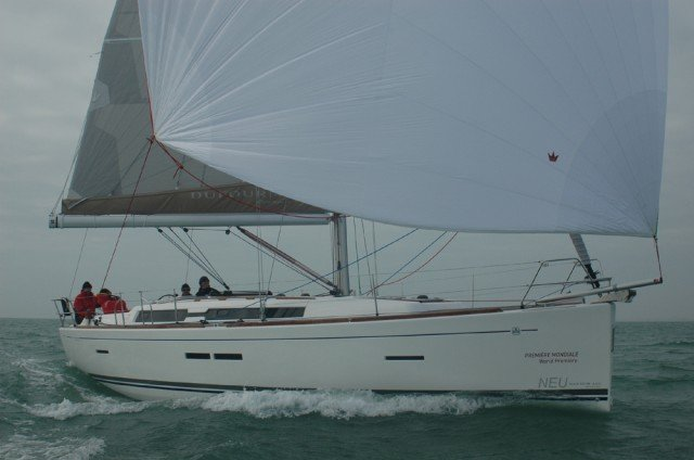 39.0 feet Dufour Yachts in great shape