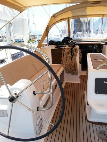 Boat for rent Dufour Yachts 40.0 feet in Aegean,