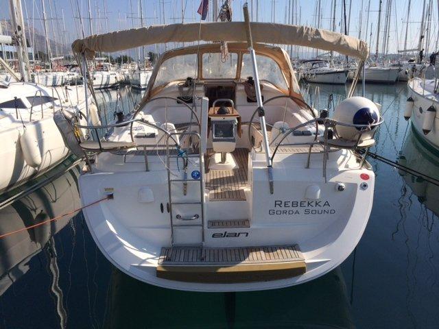 Beautiful Elan Marine ideal for sailing and fun in the sun!