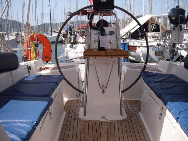 Hanse Yachts's 39.0 feet in Aegean