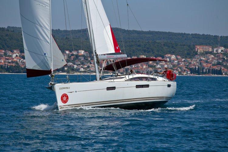 Jeanneau's 52.0 feet in Split region