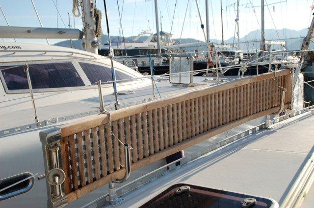 This 47.0' Nautitech Rochefort cand take up to 12 passengers around Aegean