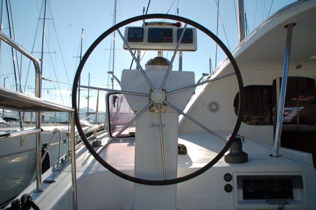 Discover Aegean surroundings on this Nautitech 47 Nautitech Rochefort boat