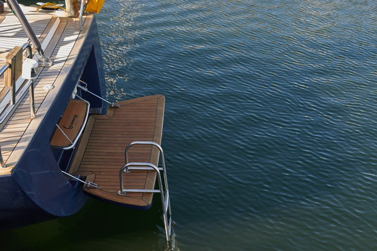 Discover Alcantara surroundings on this Shipman 50 Seaway boat