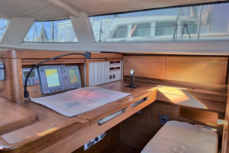 Discover Alcantara surroundings on this Shipman 50 Seaway boat